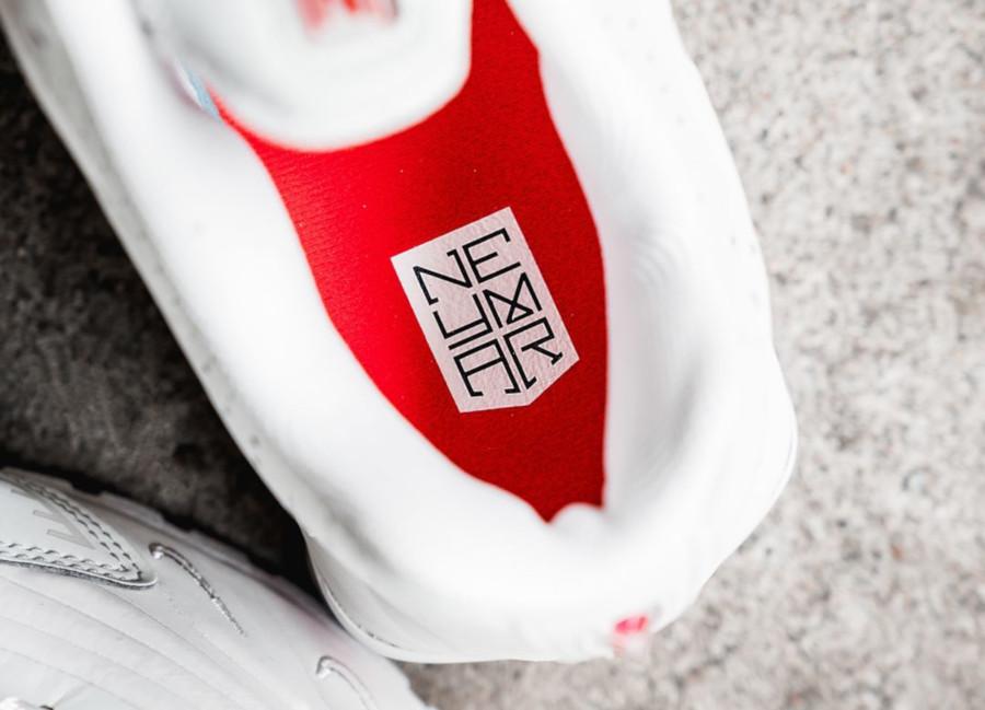 Nike Shox R4 Neymar JR Platinum Tint Challenge Red (BV1387-002) (3)