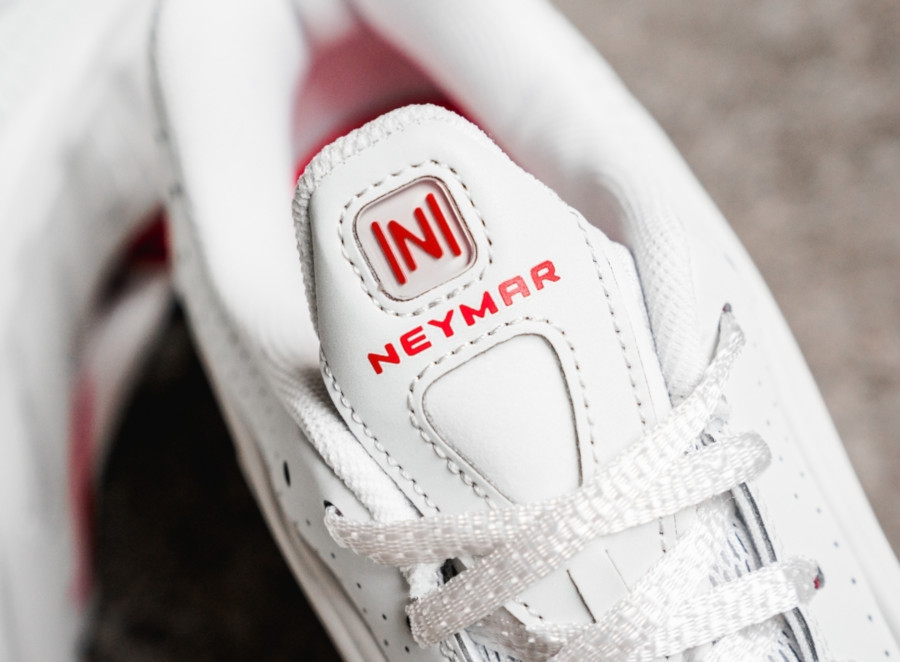 Nike Shox R4 Neymar JR Platinum Tint Challenge Red (BV1387-002) (4)