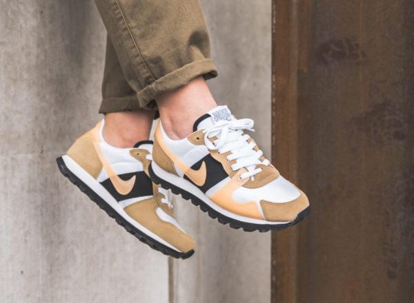 Nike V-Love O.X. blanche et beige (3)