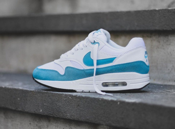 Nike Wmns Air Max 1 'Atomic Teal' 319986-117