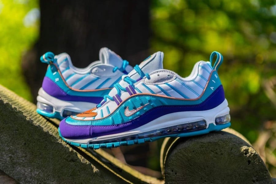 Nike Wmns Air Max 98 'Charlotte Hornets' Court Purple Terra Blush (1)