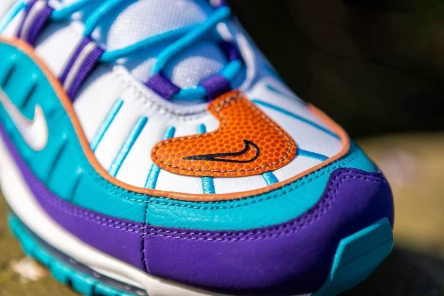 Nike Wmns Air Max 98 'Charlotte Hornets' Court Purple Terra Blush (4)