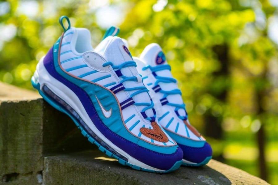 Nike-Wmns-Air-Max-98-Charlotte-Hornets-pas-cher-1