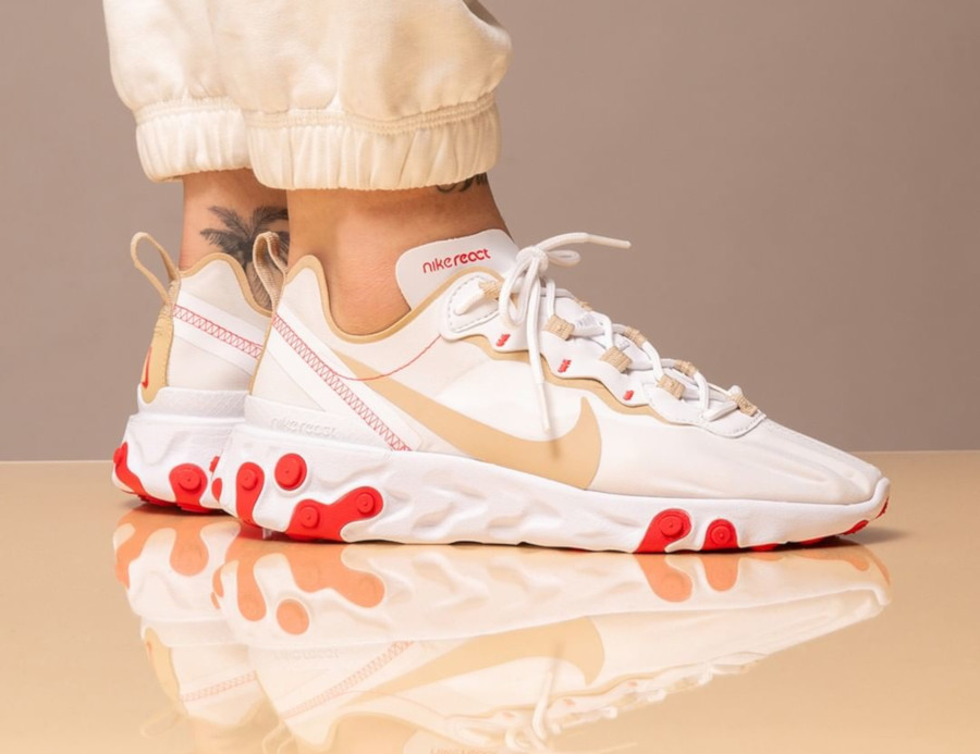 Nike Wmns React Element 55 White Desert Ore Ember Glow (3)
