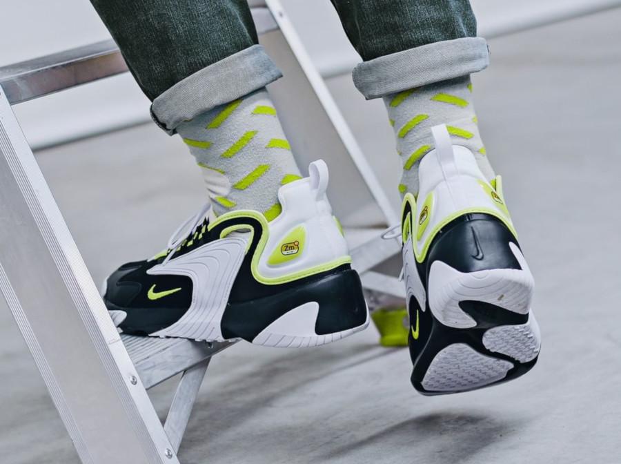 Nike Zoom 2K blanche noire et vert fluo (3)