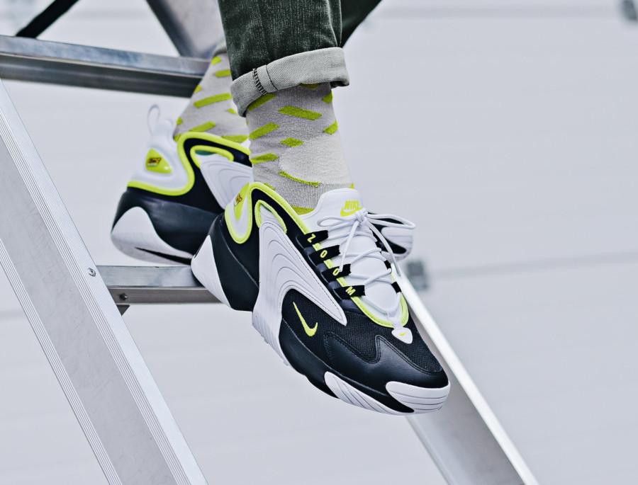 Nike Zoom 2K blanche noire et vert fluo (4)