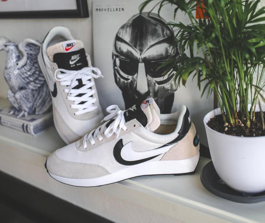 Sacai x Nike Air Tailwind 79 White Phantom Black (3)