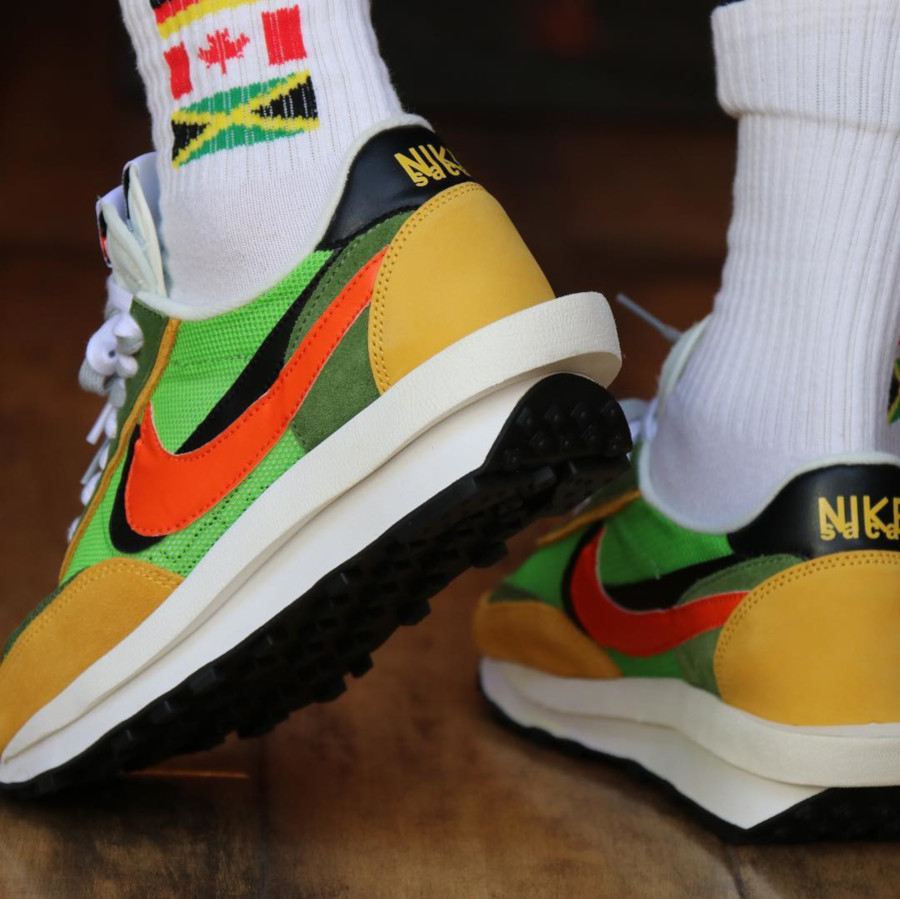 Sacai x Nike LDV Waffle Green Gusto (1)