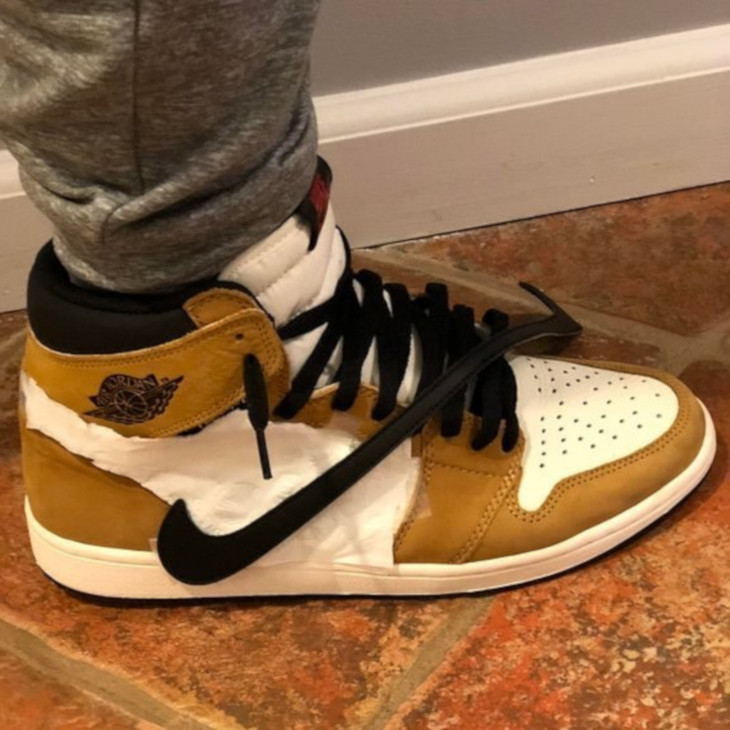 Air Jordan 1 Travis Scott DIY - currentlyinstock