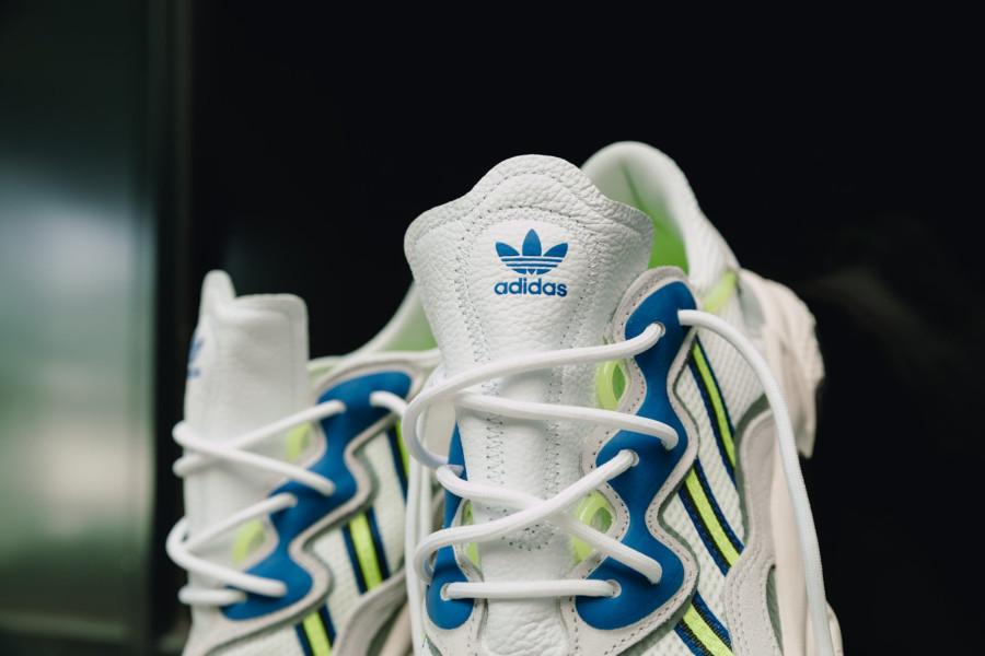 Adidas Ozweego 2019 blanche grise bleu et vert fluo (2)