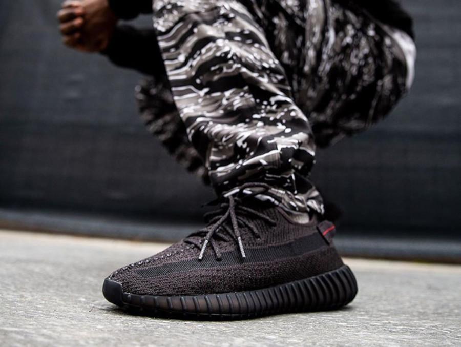 huge discount e09ea 4caf3 Comment acheter la Adidas Yeezy 350 V2 Black Reflective ...