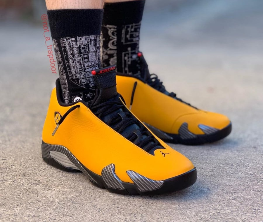 Air Jordan XIV University Gold (cuir jaune doré) (3)