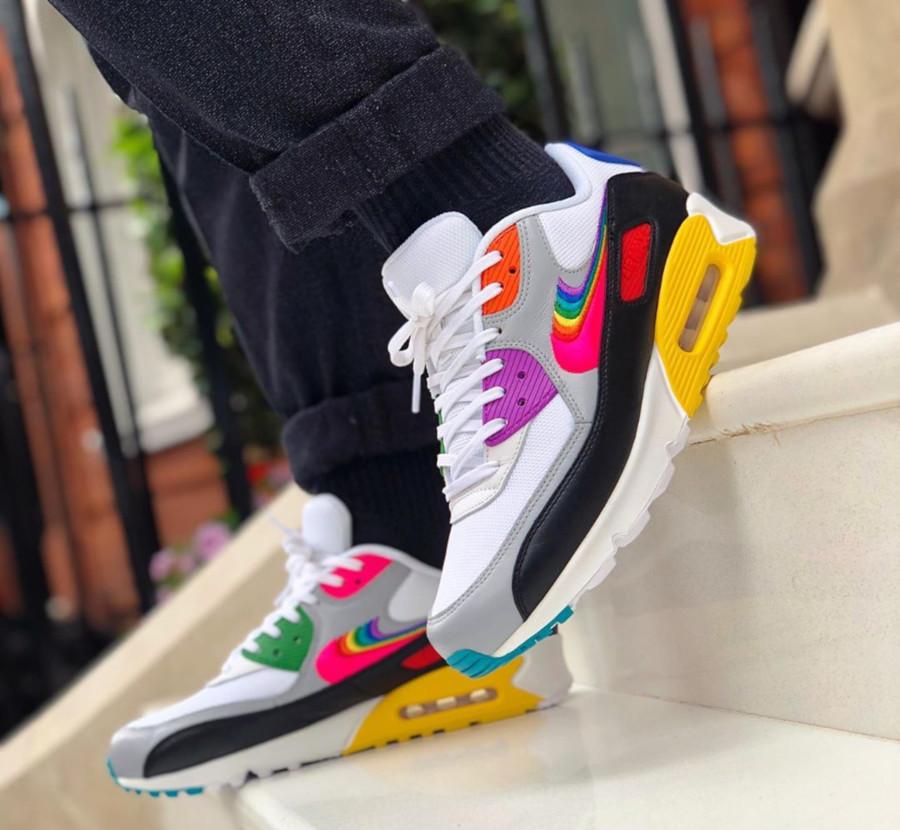 Nike 90 LGBTQIA+ (2)