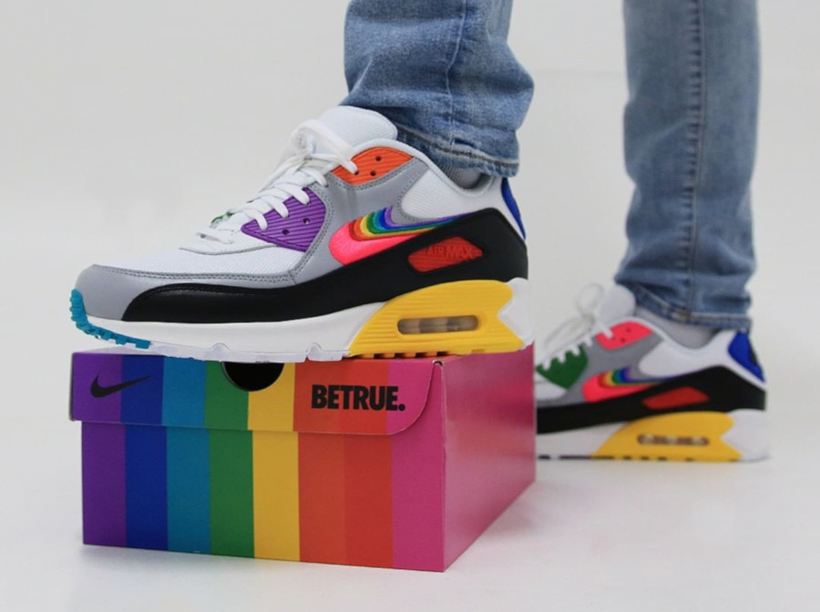 Nike 90 LGBTQIA+ (3)