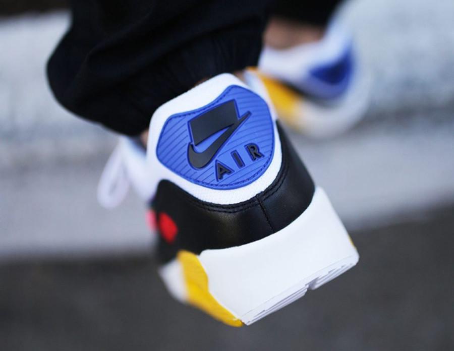 Nike 90 LGBTQIA+ (4)
