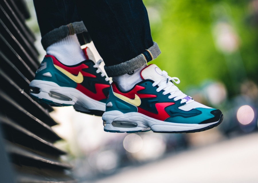 Nike Air Max 2 Light SP QS Harbanero Red Amory Navy BV1359-600 (2)
