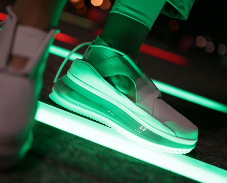 Nike Air Max 720 FF blanc cassé argent métallique (4)