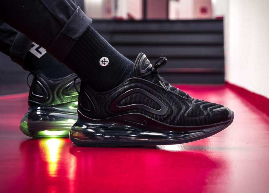 Nike Air Max 720 toute noire (8)