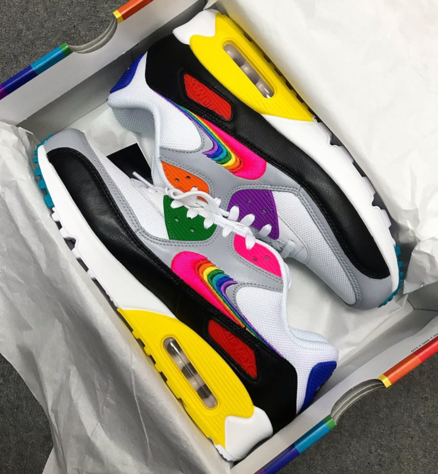 Nike Air Max 90 Betrue Rainbow Swoosh (1)