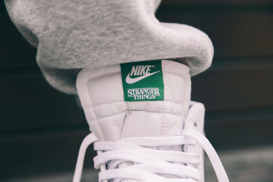 Nike-Blazer-Mid-White-Pine-Green-Cosmic-Clay-Sail-CJ6101-100-1