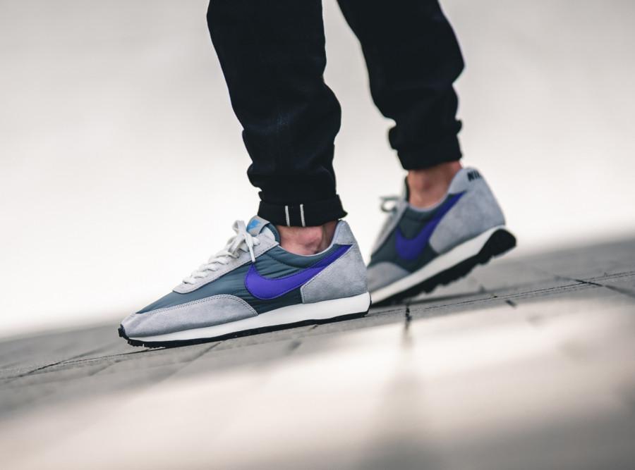 Nike-Daybreak-SP-grise-et-violet-BV7725-001