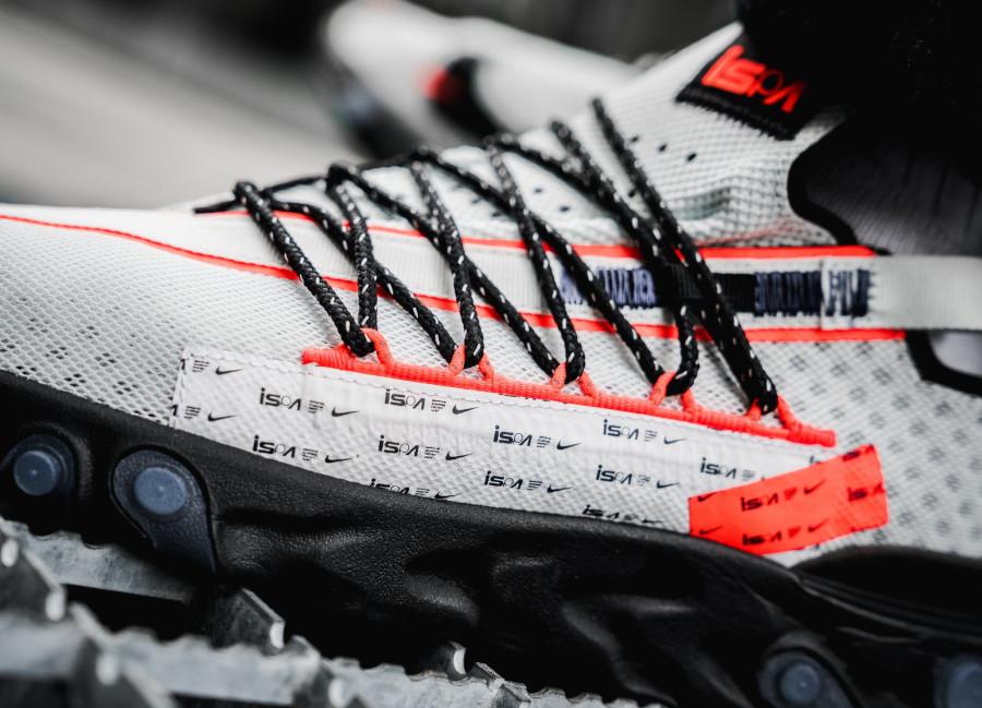 Nike React ISPA Ghost Aqua Total Crimson Black (1)