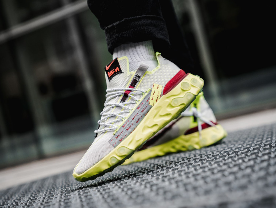 Nike React Runner Ispa WR Low Volt Glow