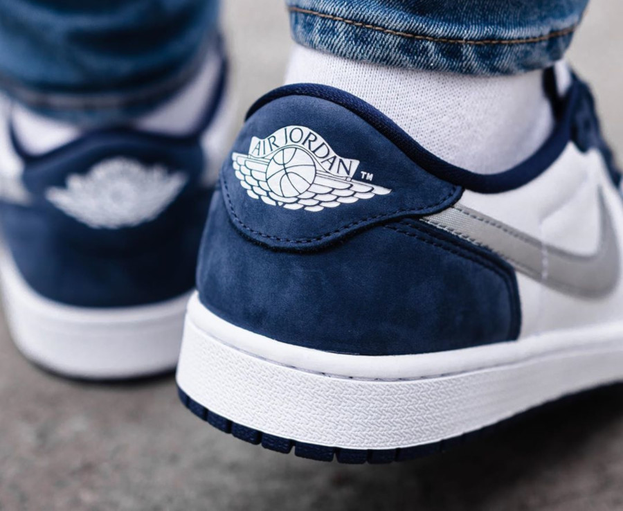 Nike SB x Air Jordan 1 Low QS Midnight Navy (1)