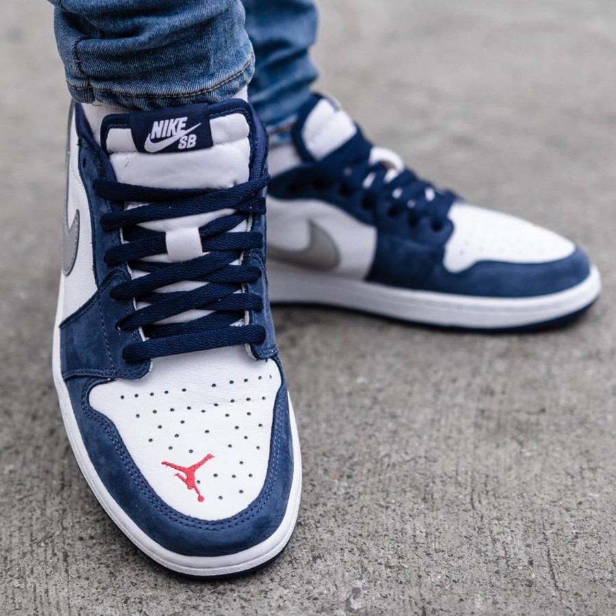 Nike SB x Air Jordan 1 Low QS Midnight Navy (4)