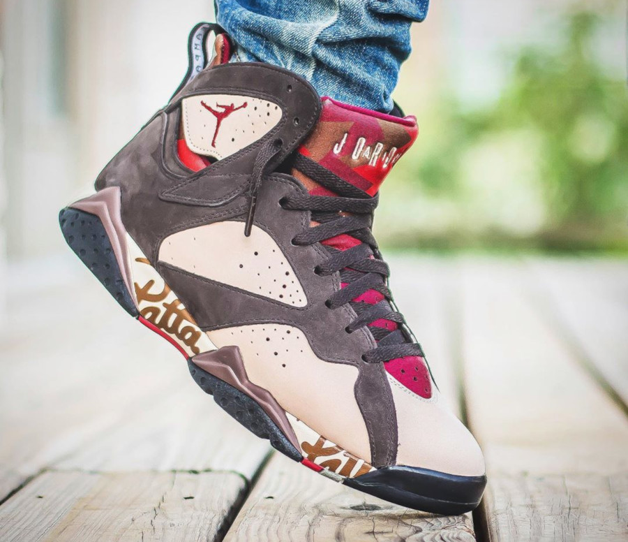 Patta x Air Jordan 7 Retro OG SP 'Shimmer Velvet Brown' (5)