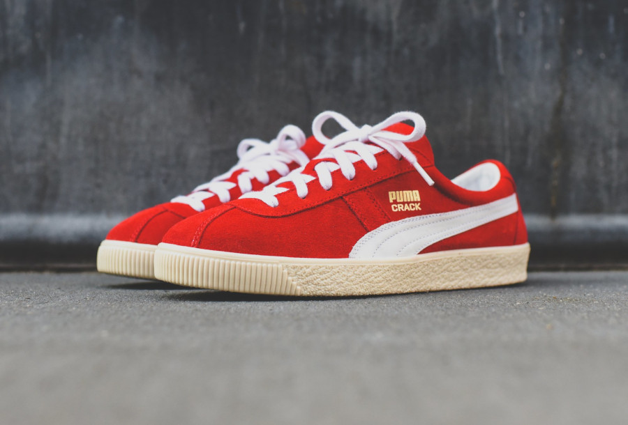 Puma Crack Heritage en suède rouge avec un logo doré (3)