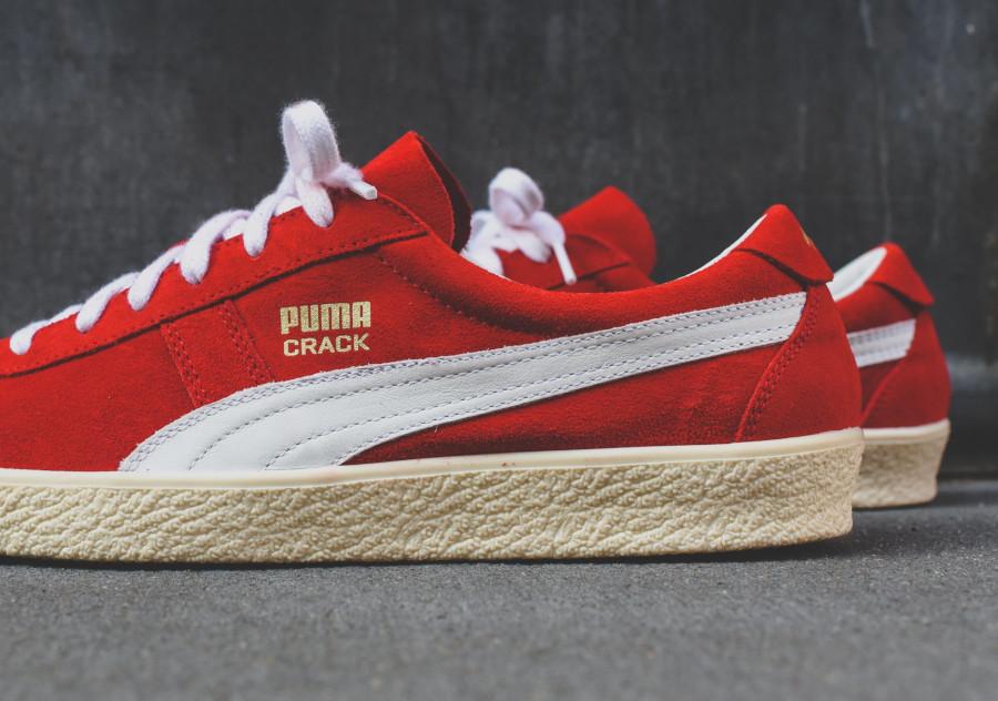 Puma Crack Heritage en suède rouge avec un logo doré (4)