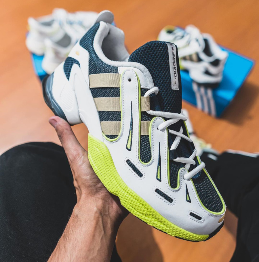 Adidas Equipment Gazelle blanche bleu foncé et jaune fluo (0)