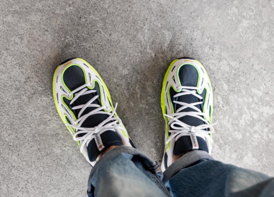 Adidas-Equipment-Gazelle-blanche-bleu-foncé-et-jaune-fluo-2