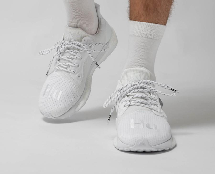Adidas Solarhu Boost blanche EF2378 (2)