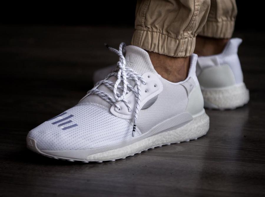 Adidas Solarhu Boost blanche EF2378 (3)