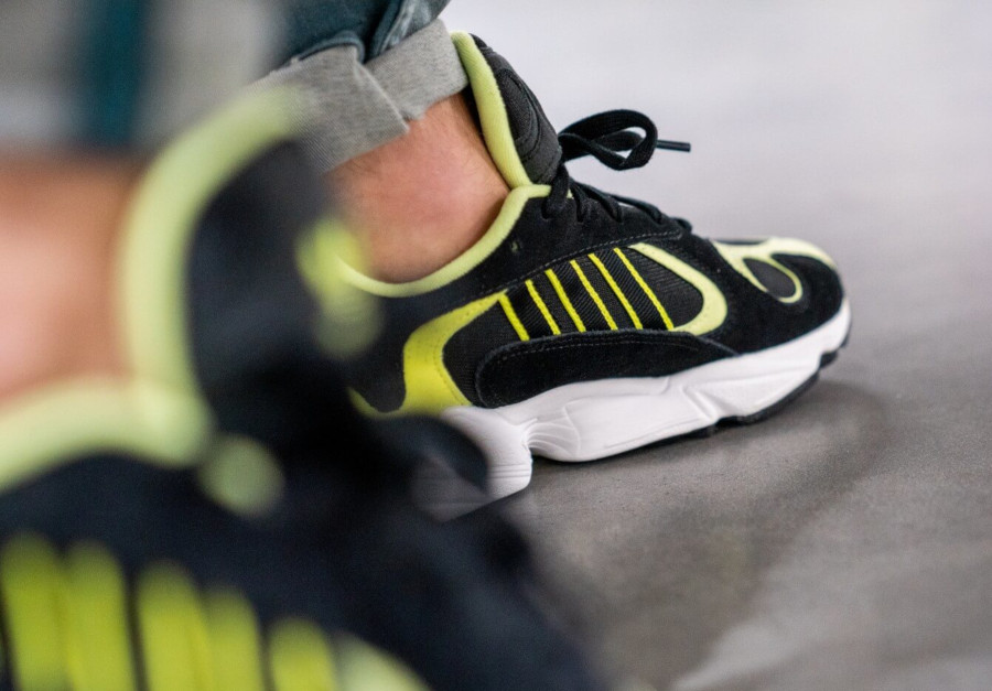 Adidas Yung-1 noire et jaune fluo (5)