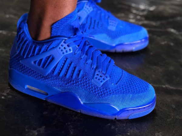 Air Jordan 4 Flyknit Bleu Hyper Royal AQ3559-400