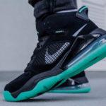 Jordan Mars 270 Green Glow