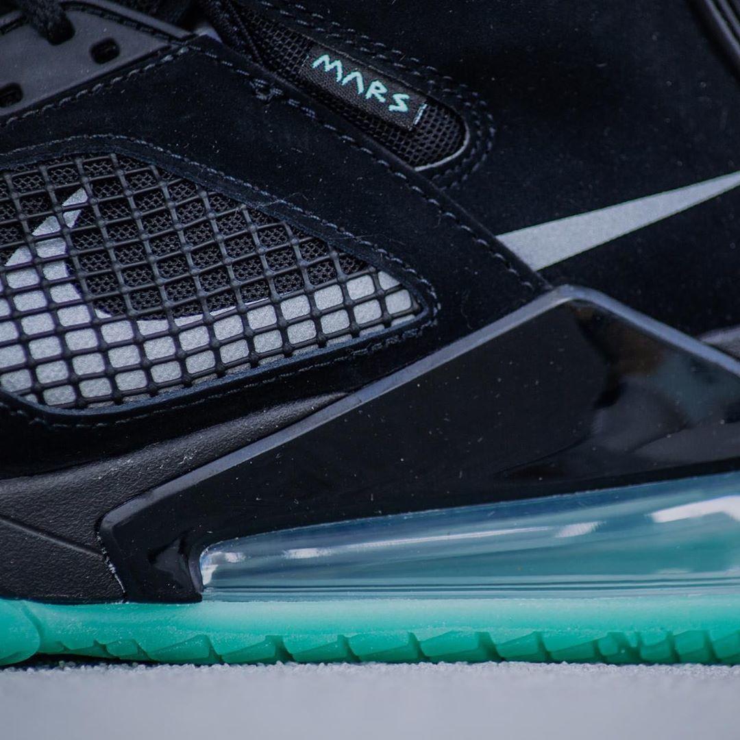 Jordan Mars 270 noire et verte (4)