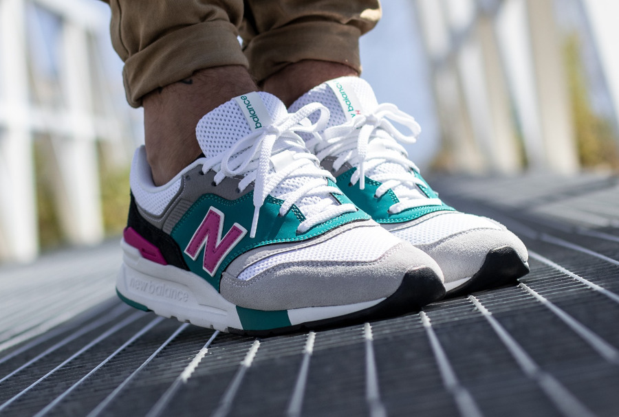 New Balance CM997H blanche grise turquoise et rose (5)