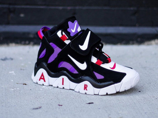 Nike Air Barrage Mid QS Hyper Grape 'Raptors' 2019