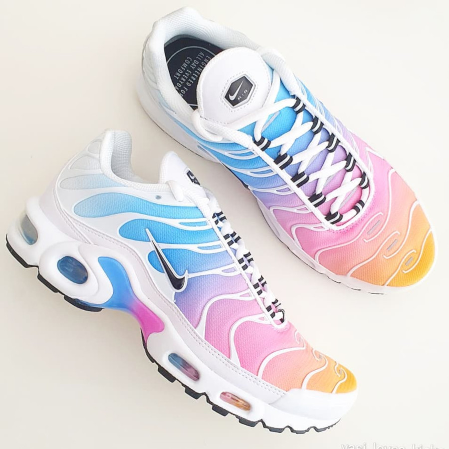 Nike Air Max Plus Metallic bleu ciel rose et orange (2)