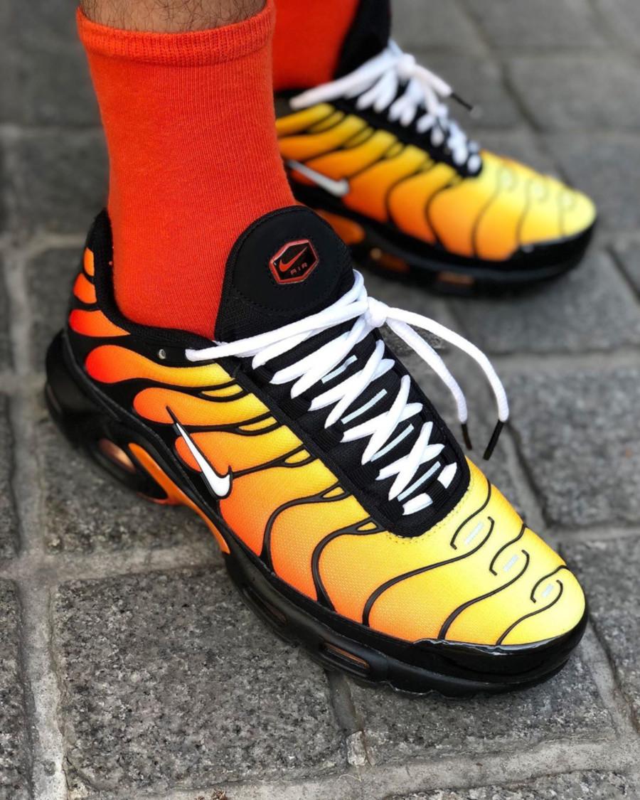 Nike Air Max Plus OG Black Tiger Sunset