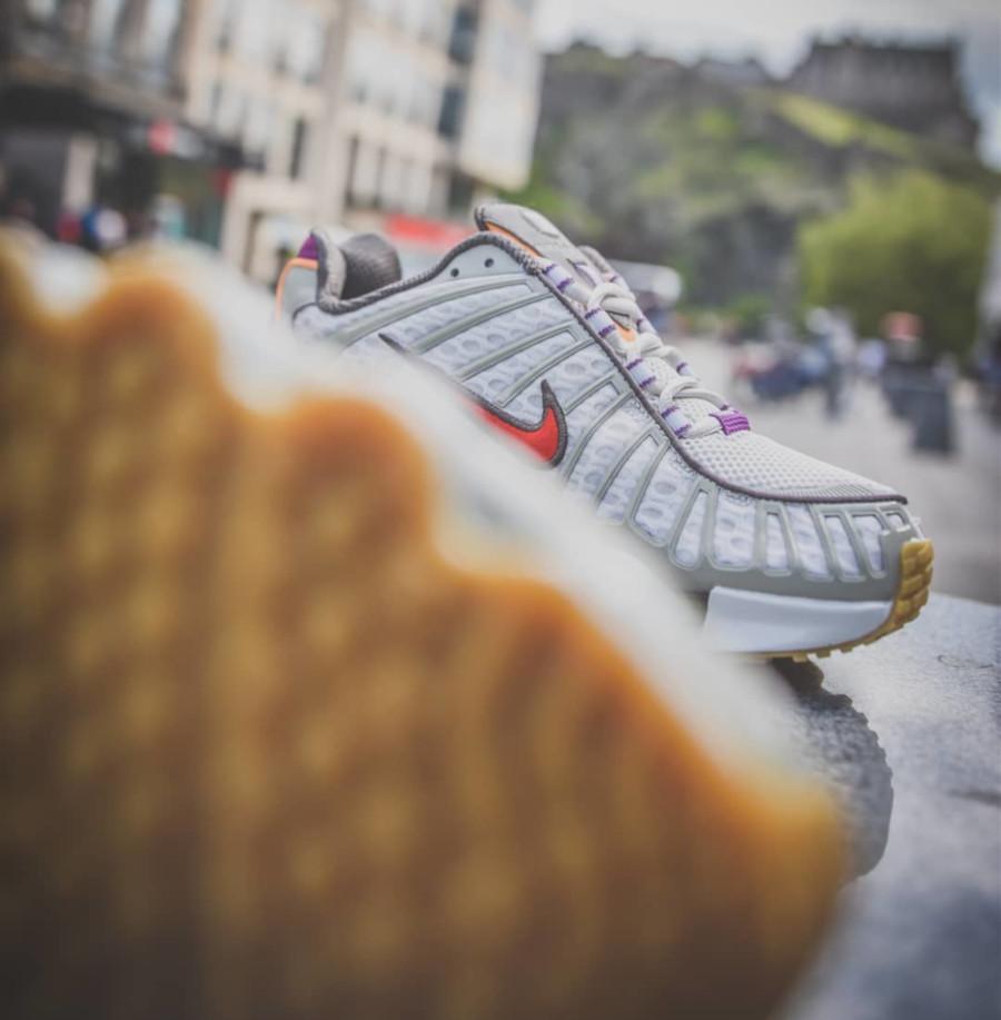 Nike Shox Total grise et violet (exclusivité Size) (2)