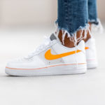 Nike Wmns Air Force 1 Lo White Platinum Tint Total Orange
