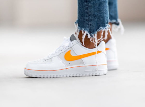 Nike Wmns Air Force 1 Lo Platinum Total Orange CJ9699-100
