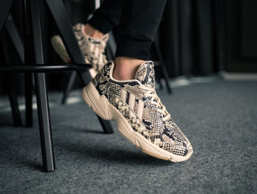 Adidas Consortium Yung 1 Texas Snake EG1717 (2)