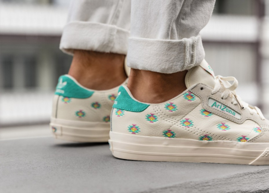 Adidas-Continental-Vulc-blanche-et-vert-turquoise-FV2714-1