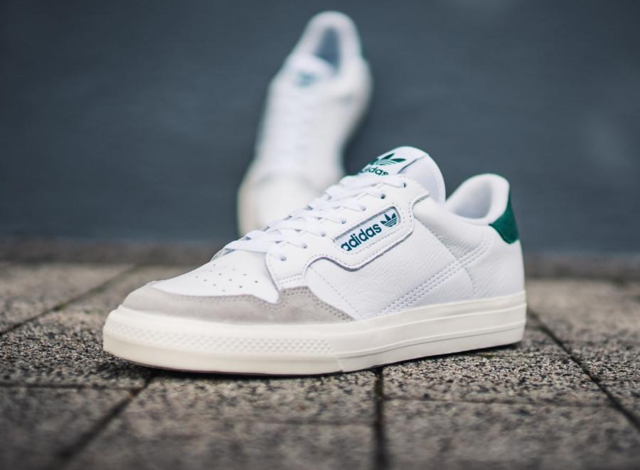 Adidas-Continental-semelle-vulcanisée-blanche-et-verte-1